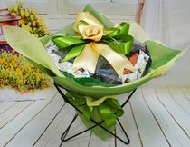 Оформление букет, цвет зеленый и бежевый фетр