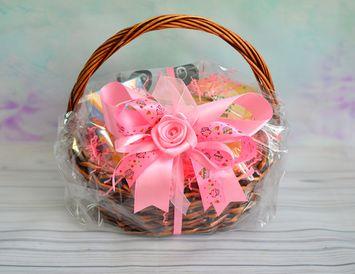 """Подарочная корзина с продуктами и чаем """"Лакомка"""" для женщин"""