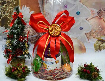 Подарочный набор из чая и кружки для Воспитателя на Новый Год