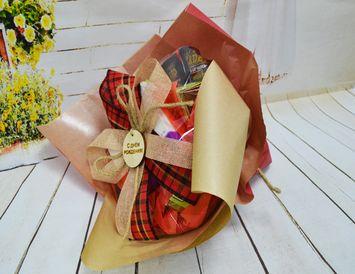 """Подарок на день рождения женщине Букет из чая и кофе """"С Днем Рождения"""""""