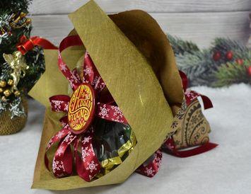Новогодний букет из чайных пакетиков с кофе с орешками