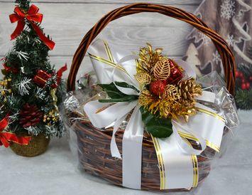 """Подарочная Корзина на Новый год """"Новогодний снегопад"""" - мал."""