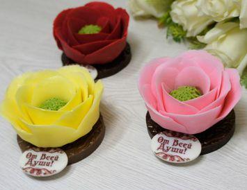 Подарок для женщины Цветок шоколадный 100г.