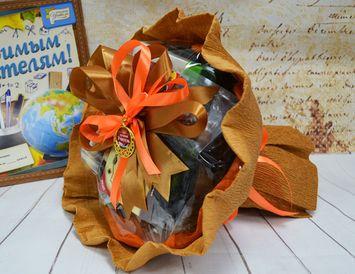 """Подарок учителю букет из чая и кофе """"Любимому учителю"""""""