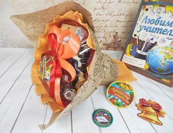 Букет из конфет на 1 сентября