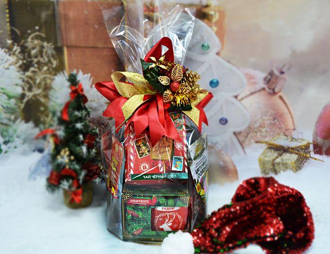 """Подарок на Новый год """"Годовой набор чая"""" 600 гр."""