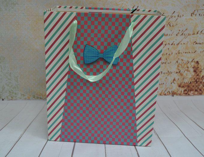 Пакет подарочный Галстук-бабочка 21 х 10 х 26 см