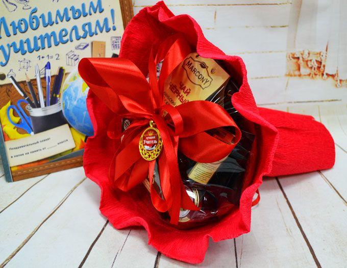 """Подарок учителю Букет из чая и конфет """"Лучшая учительница"""""""